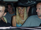 Paris Hilton shows cleavage in bleu dress as she leaves East Restaurant in Hollywood - Hot Celebs Home