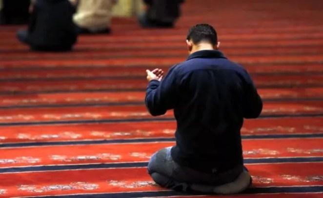 Vacip nedir, yapılmazsa günah olur mu? Farz ve vacip ne demek, arasındaki ayrımlar nelerdir? 14
