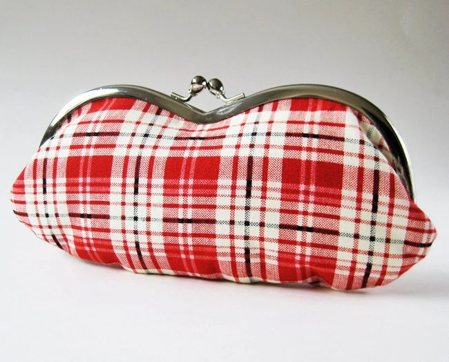 Eyeglass case - red white plaid - oktak