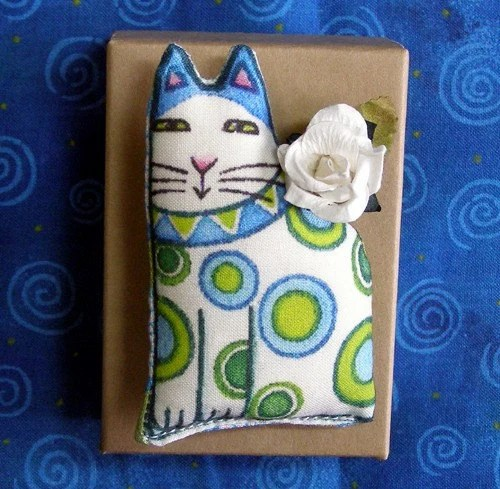 SALE... Cat Lover Brooch...Handcrafted Softie Wearable Art - SusanFayePetProjects