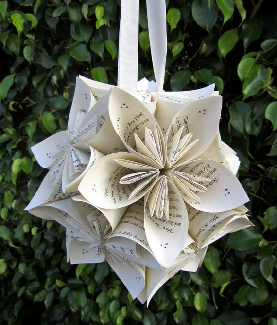 Kusudama flowers suspension