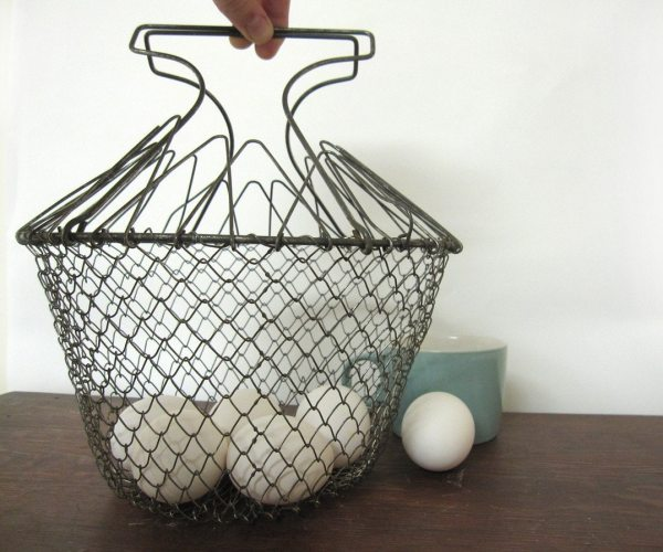 Collapsible Egg Wire Basket