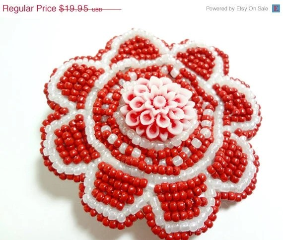 SALE White and Red Beaded Flower Alligator Hair Clip - MegansBeadedDesigns