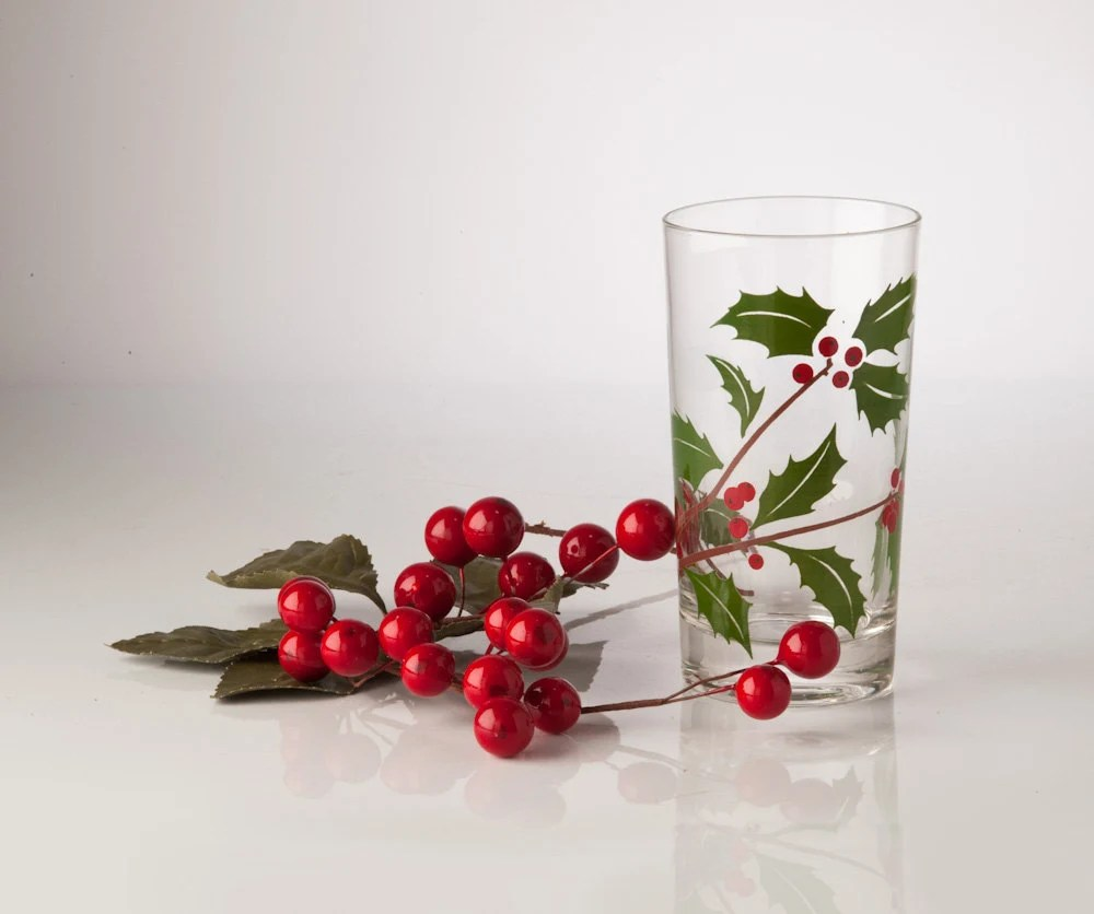 1950's Federal Christmas Glasses Holly and Berries - Set of Six Tumblers - fallaloft
