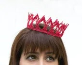 Red Queen Fairytale Lace Crown - neesiedesigns