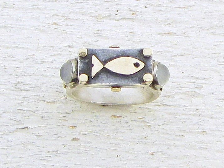 Sterling Silver Fish Ring - Moonstone Ring - Silver & 14k Gold Ring - Rectangular  moonstone and silver Ring - OOAK Ring - Omiya