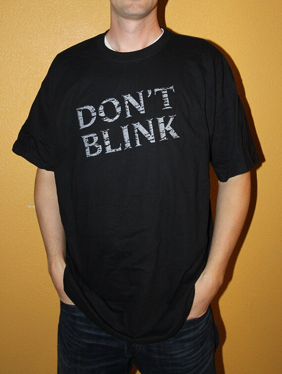 DON'T BLINK - Doctor Who Inspired UNISEX Flip up Shirt with Weeping Angel