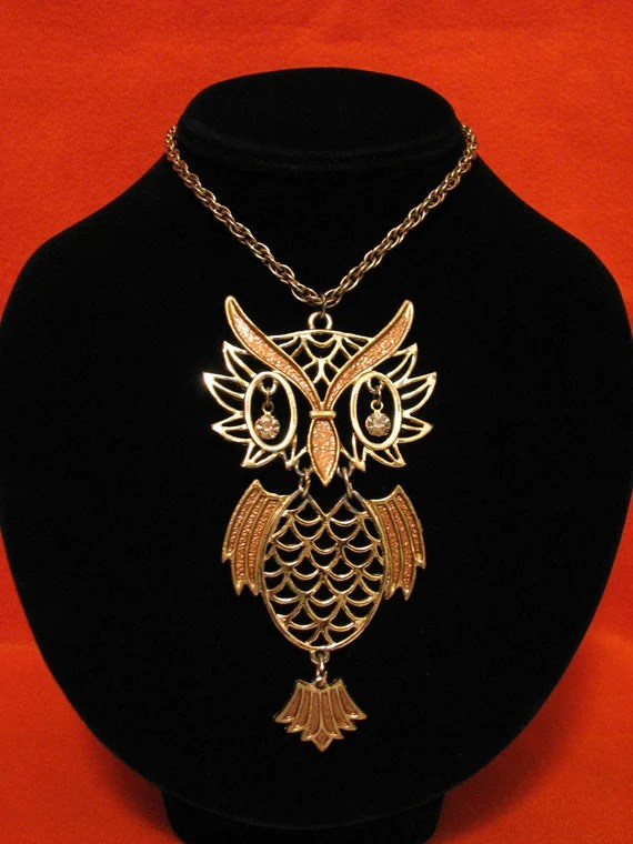 HUGE Vintage Gold Tone and Brown Enameled Owl Medallion Necklace - ditbge