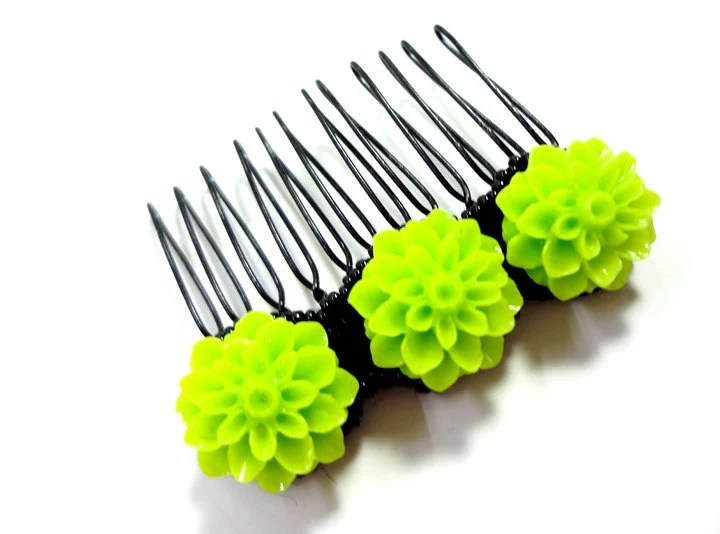 Bright Neon Green Hair Comb - MegansBeadedDesigns