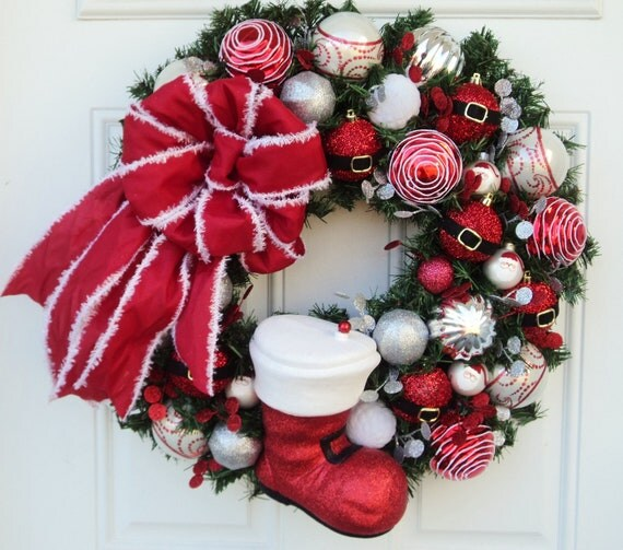 Santa Claus Boot Christmas Wreath Red Silver - ViennaSparkleWreaths
