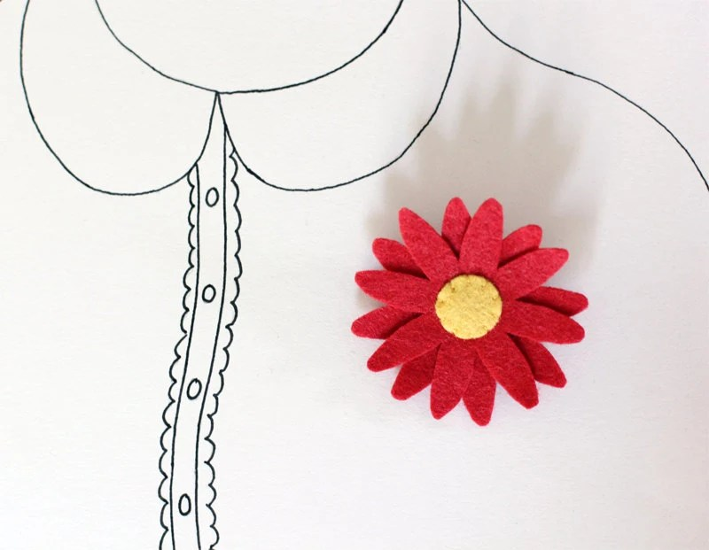 Daisy Brooch - Felt Flower Brooch Pin - Red Flower - myhideaway