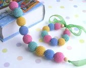 Girls jewelry, necklace and bracelet, set of 2, crochet childrens jewelry, wooden beads, kids photo prop jewelry, Ready for shipping - NatkaLV