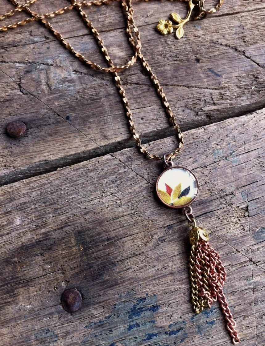 long and light. vintage components floral pendant necklace - joeyfivecents