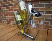 2 glass, 4 bottle wine rack