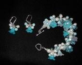 Pretty blue flowers bracelet and earring set