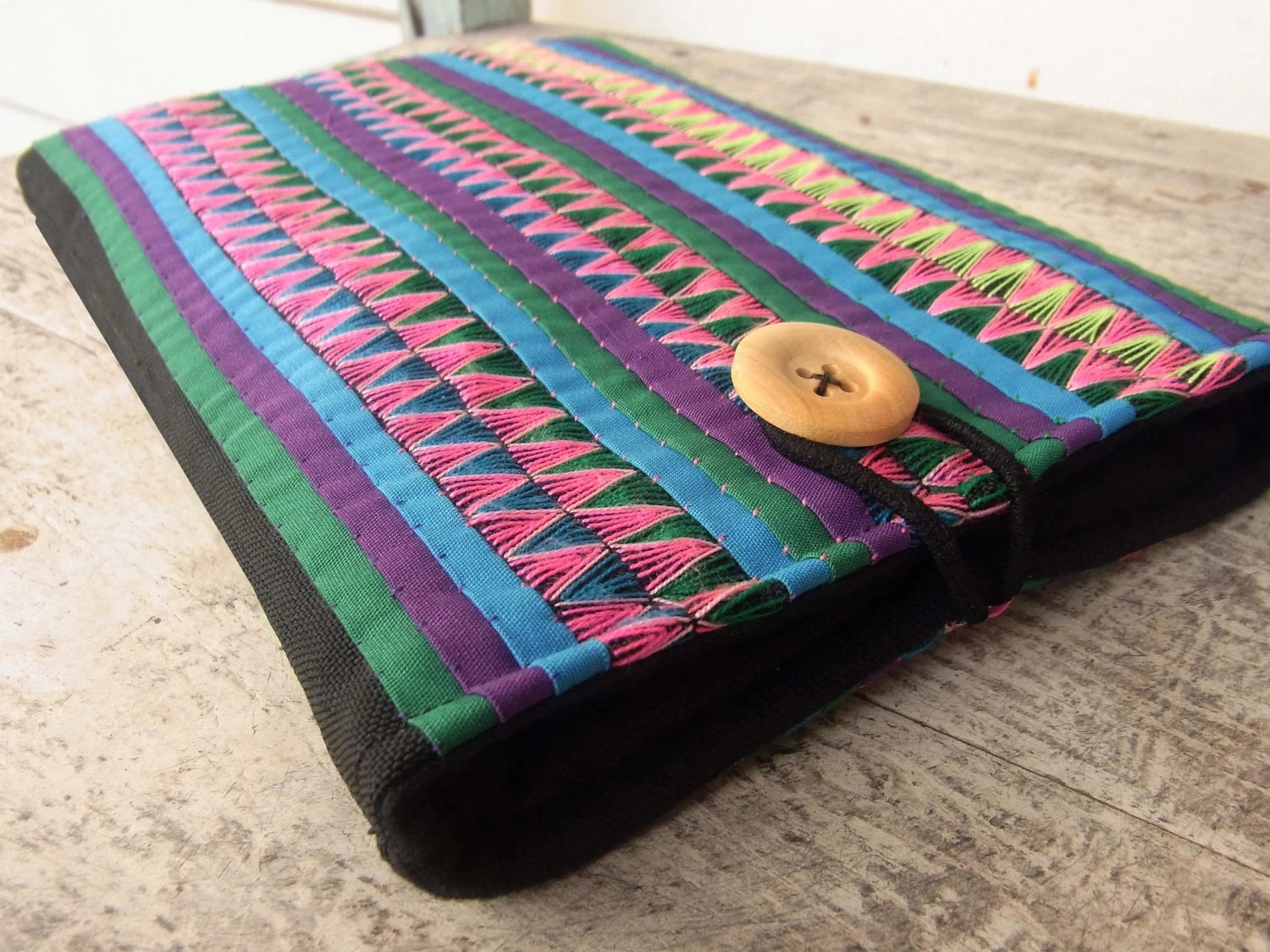 Colorful Kindle Sleeve // padded // stitch // embroidery // needlework // pink // blue // pastel // colorful // multi stripe