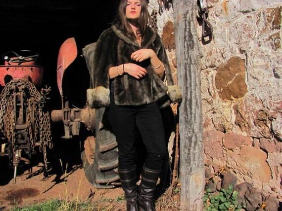 Vintage Faux Fur Shrug Cape