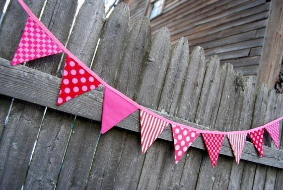 Valentines Day Party Mini Bunting / Holiday Banner -- in red, pink, hot pink fabric -- for home, office, school