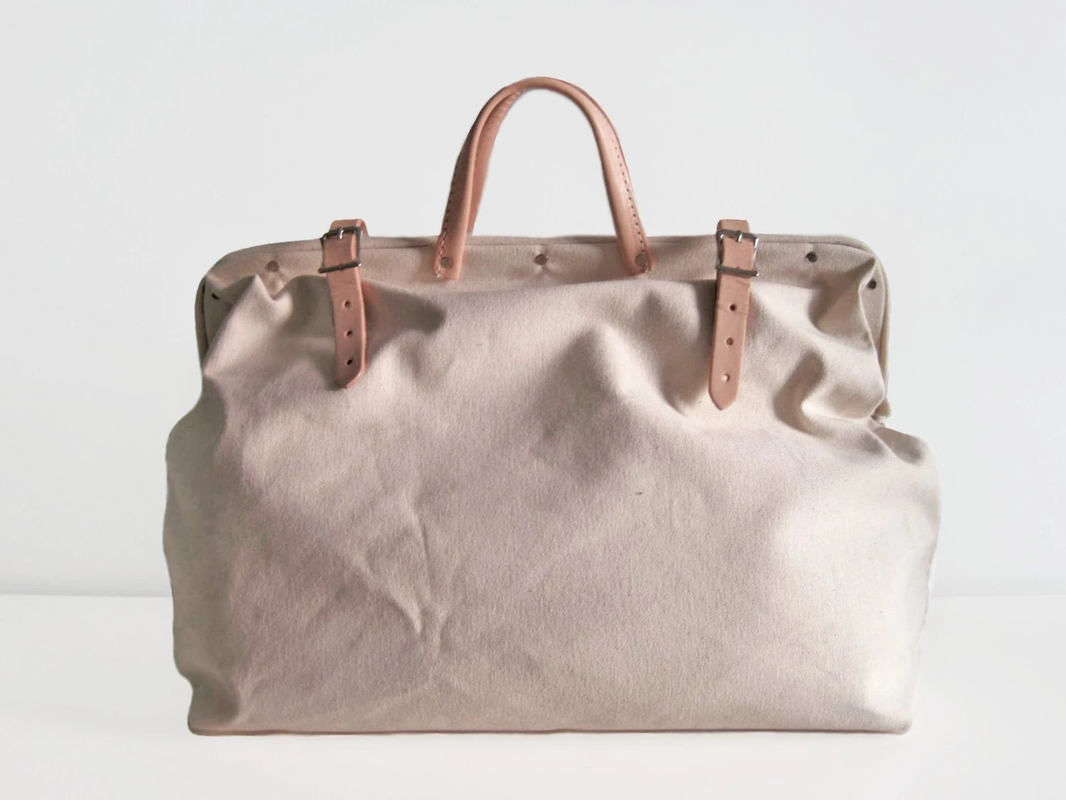 Natural canvas holdall