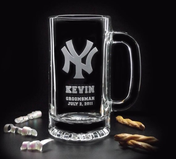 Personalized Groomsman Gifts - Sports TEAM LOGO Personalized BEER Mug - 16oz - Etched Beer Mugs by distinctglass on etsy
