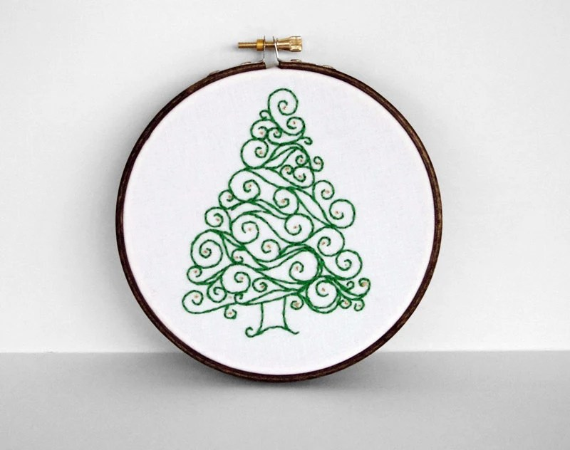 "Embroidery Hoop Swirl Green Christmas Tree with Gold Ornaments - Holiday Decoration 5"" Hoop Wall Art - Hand Embroidered"