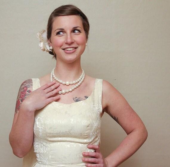 ivory wedding dress / vintage floral brocade / 60s / small / medium