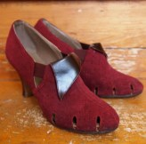 1940s women's shoes -- eggplant purple suede pumps -- XXS 4 5 6