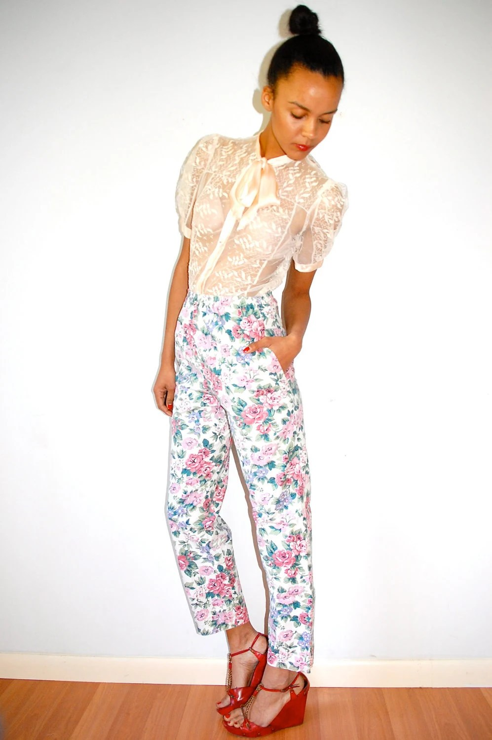 Vtg High Waist Retro Floral Printed Pants w Pockets