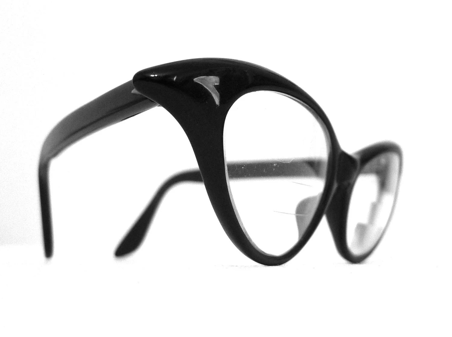 Superb Black Horn Rimmed Cat Eye Extremely Winged Eyeglasses or Sunglasses, Frame France