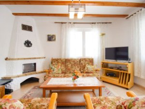 the living room with sky bar %e3%83%90%e3%82%a4%e3%83%88 brown leather couch 23 properties for sale houses and flats partida la merced calpe spain idealista