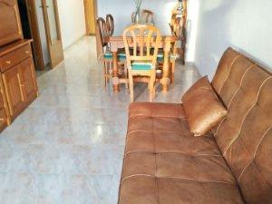 the living room with sky bar %e3%83%90%e3%82%a4%e3%83%88 ideas for colors long term rentals in torredembarra tarragona houses and flats a terrace idealista