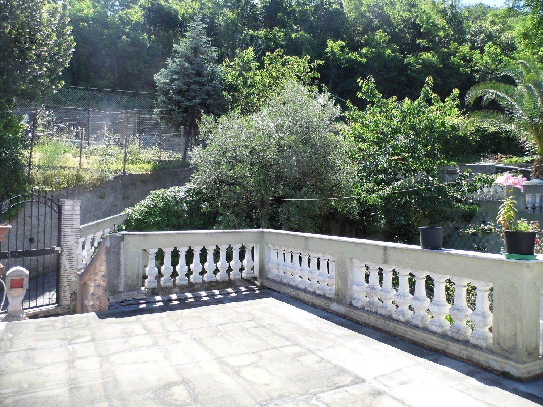 Casa Indipendente In Vendita In Via Vezzani Rivarolo
