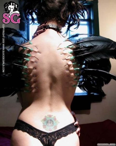 moding19 - Tatuajes y Modificaciones Extremas del Cuerpo