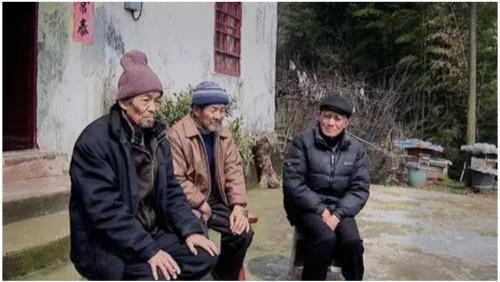 為什么必須盯住那場浩劫不放?(視頻)文革   罪行摘要   紀錄片   博談   看中國網