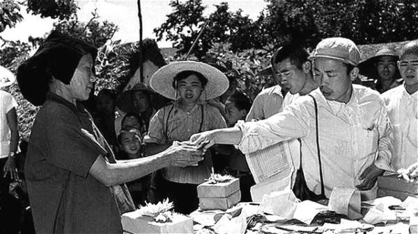 是誰導演了中原大地的這一場慘絕人寰的人間慘劇?(圖)|毛澤東 | 大躍進 | 彭德懷 | 紅朝歲月 | 看中國網
