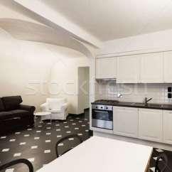 Marble Kitchen Floor Free Online Design 尼斯 國內 廚房 大理石 地板 光 商業照片 C Alexandre Zveiger 增加至燈箱 下載廣告圖樣
