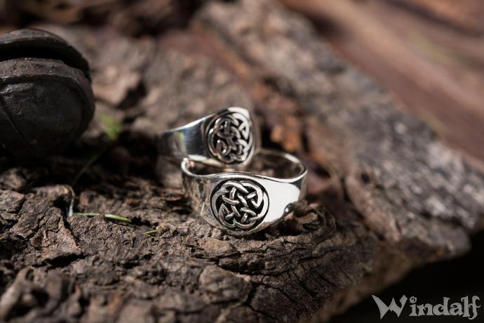 Siegelring  NUADA  Keltischer Knoten  Silber  Celtic