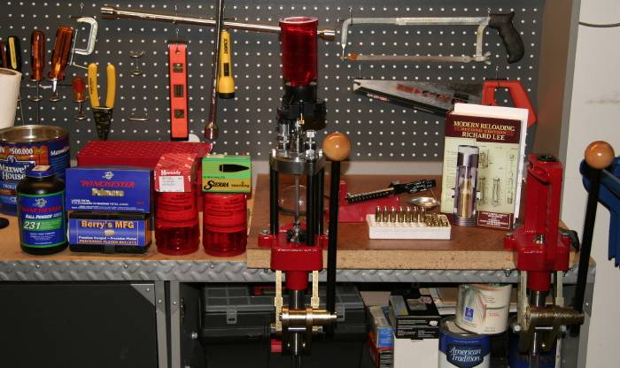 Let S See Your Reloading Bench 1911forum