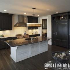 Kitchen Floor Designs Light Fixtures Flush Mount 实木复合复合地板厨房家具室內设计 Www Thetupian Com 厨房木地板图片深色实木地板的素雅感品牌产品中华地板网