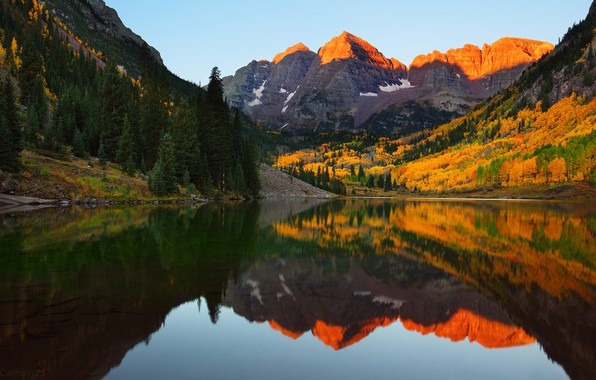 Fall Leaves Wallpaper For Ipad Wallpaper Autumn Mountains Lake Reflection The Slopes