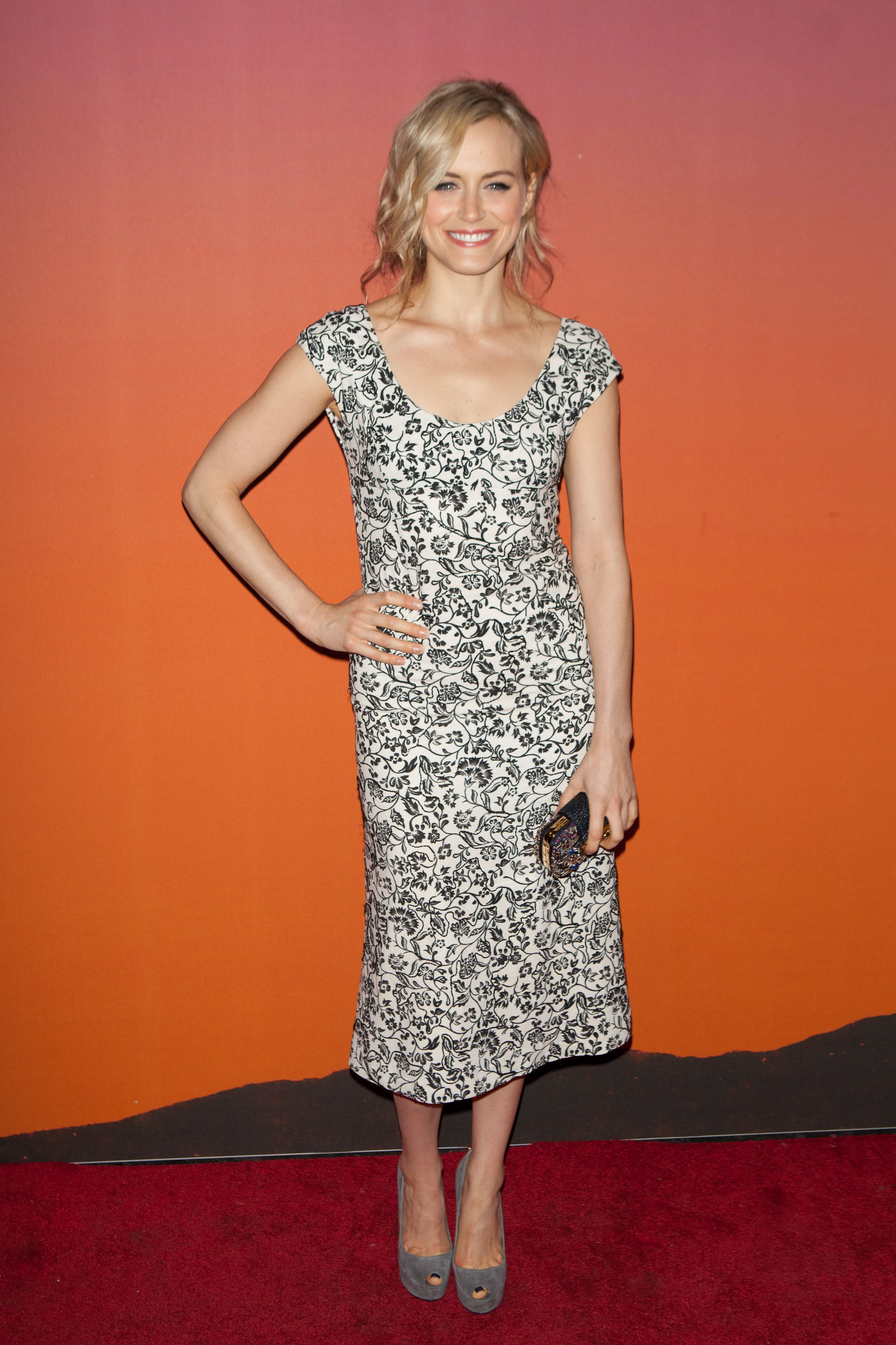 Taylor Schilling Whitney Museum Of American Art Gala Nyc Oct 23 2013