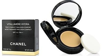 Chanel Vitalumiere Hydra Moist Radiance Emulsion Compact SPF 15 - # 20 Beige 10g/0.35oz