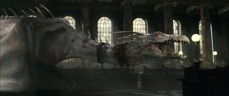 https://i0.wp.com/img4.wikia.nocookie.net/__cb20111123030532/harrypotter/images/f/f4/Harrypotter7-dragon-590x350.jpg