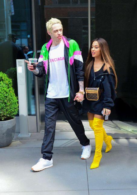 Ariana Grande Height Comparison - Ariana Grande Songs