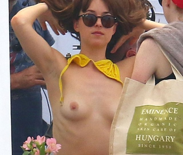 Dakota Johnson Breasts