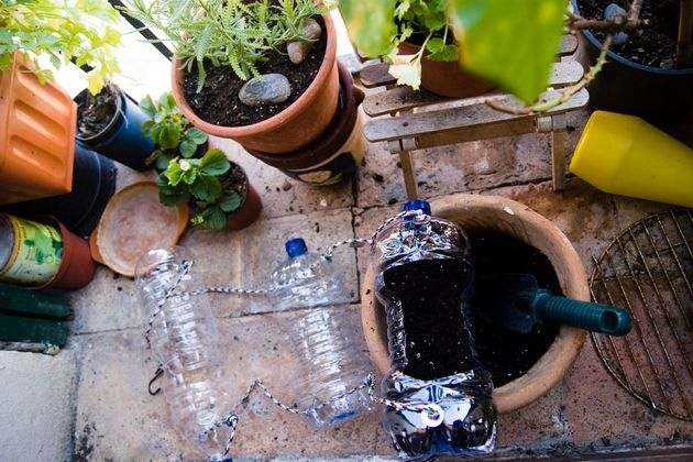 93266802 - Manual: Fabricar un Huerto Vertical en casa con botellas de plástico