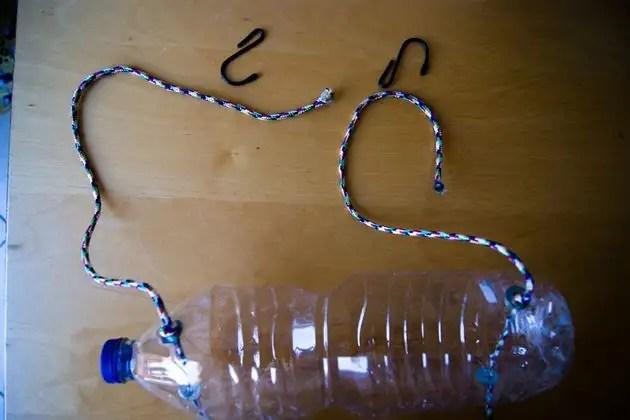 24113163 - Manual: Fabricar un Huerto Vertical en casa con botellas de plástico