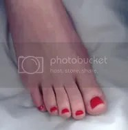 red foot pedicure