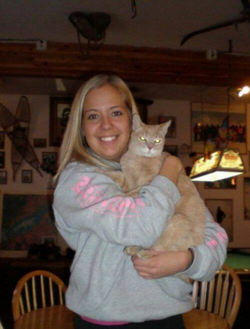 alcaldegato25 - El alcalde de un pueblo de Alaska es un gato (un gato de verdad)