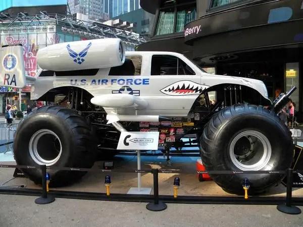 monstertrucks10 - Moster Trucks